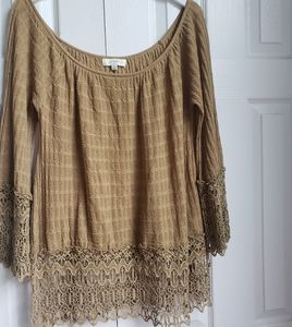 Umgee Brown lace Trim Over Size Top